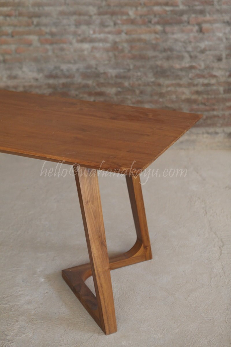 Hands dining table