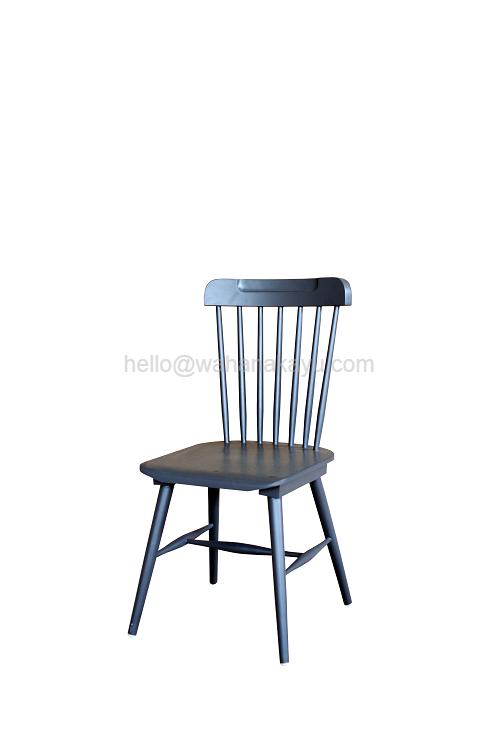11 Pantone Chair