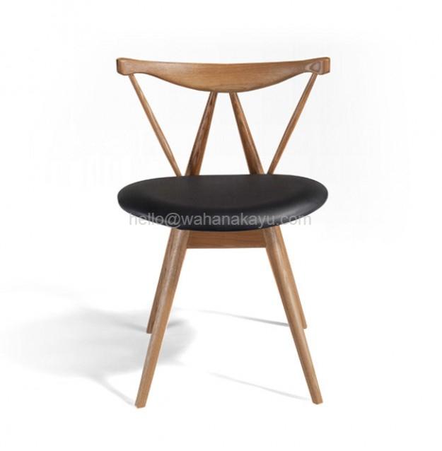 Gosier Chair kursi tamu kayu