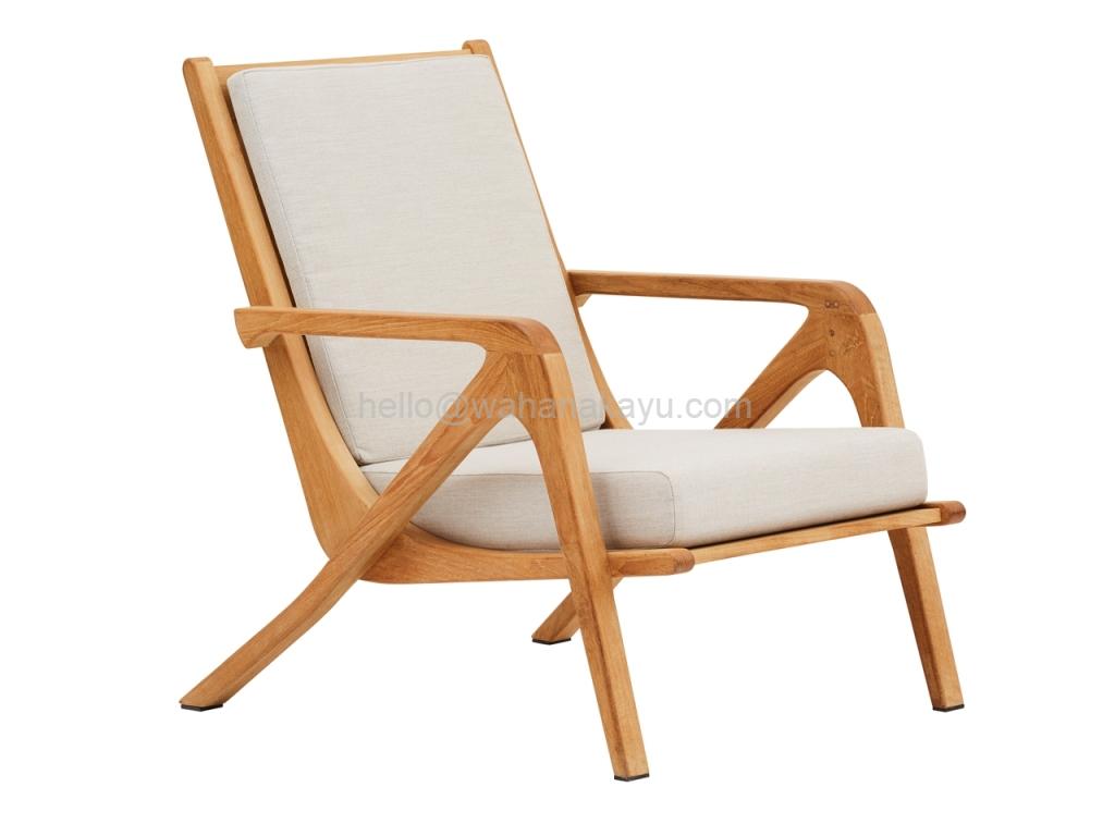 Una Lounge Chair