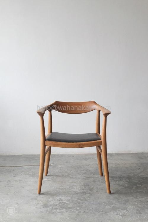Matsun Chair kayu jati
