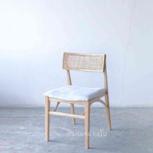 Patka Chair
