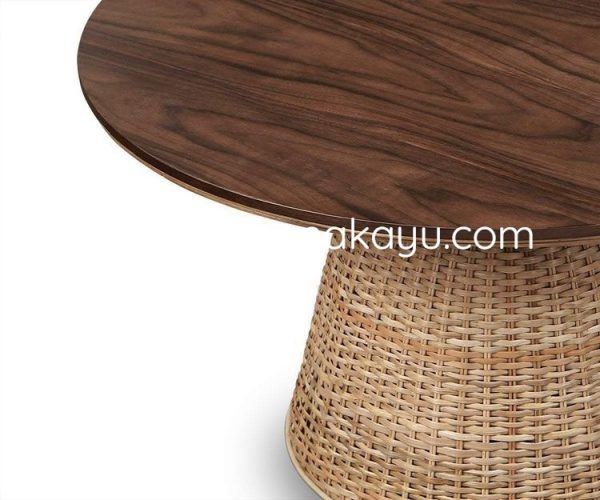 Istu Rattan Round Table