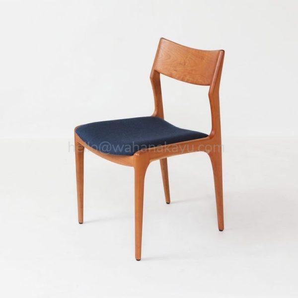 Atmaja Chair